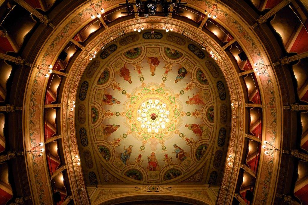 Soffitto del teatro caio melisso di spoleto