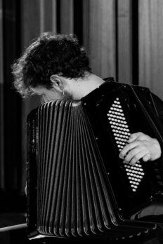 Samuele telari suona in concerto a strasburgo per ajam